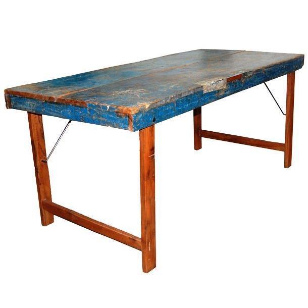 Spisebord i gjenbrukstre