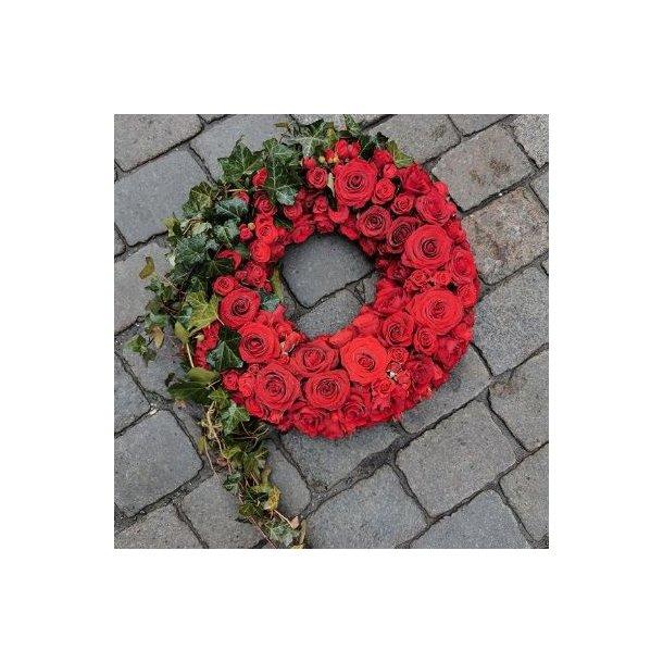 Krans, røde roser