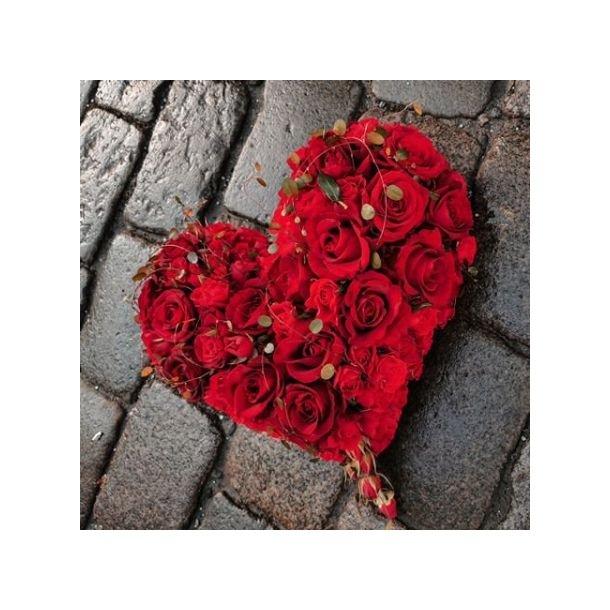 Rosehjerte til begravelse