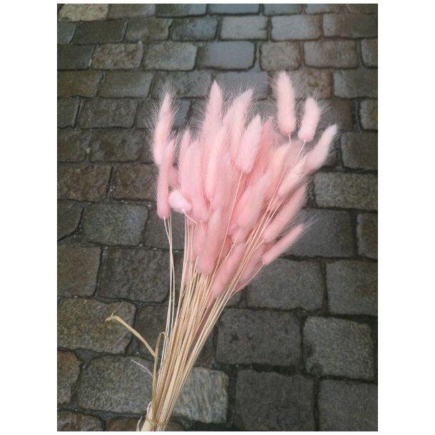 Farget strå, rosa
