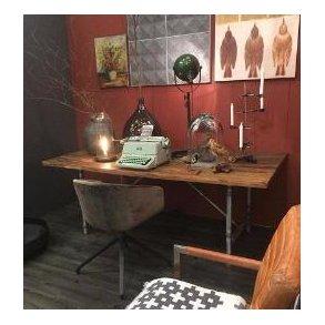 Trademark møbler, gjenbruk